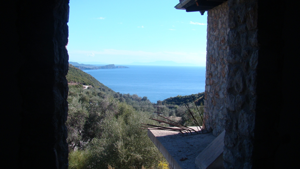 Stone house 175m² under construction in Parga.